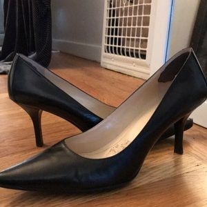 "Calvin Klein 2"" pumps"